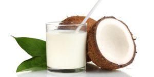 http://obatherbalnusantara.com/12-manfaat-luar-biasa-air-kelapa-selama-kehamilan/